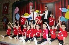 Ahmet Şimşek'te yeteneğe uygun eğitim veriliyor.