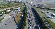 Kurtköy'de bayram dönüşü yoğunluğu havadan görüntülendi