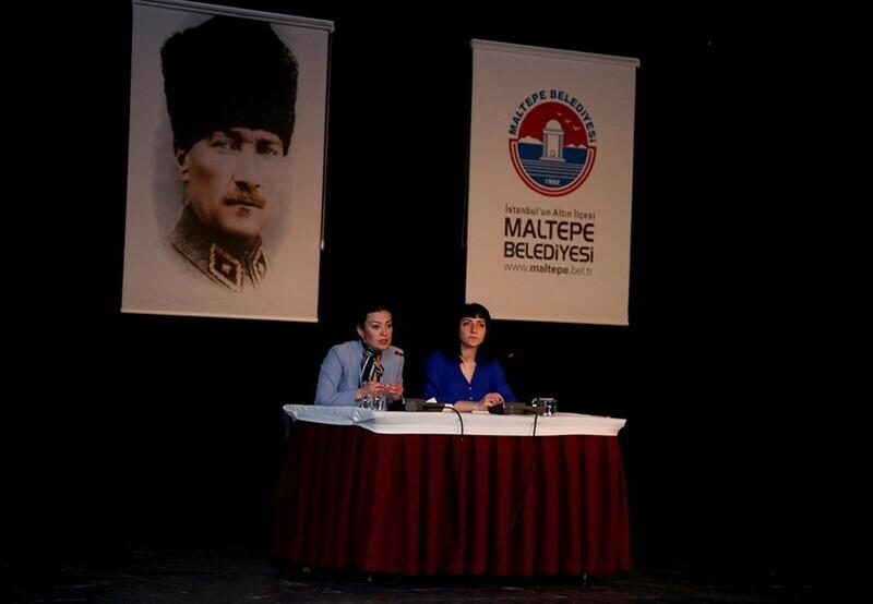 """""""Kadın Söyleşileri"""" Maltepe'de başladı"""