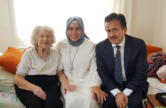Başkan Yazıcı ve Eşi, Bayramda Büyüklerimizi Ziyaret Etti