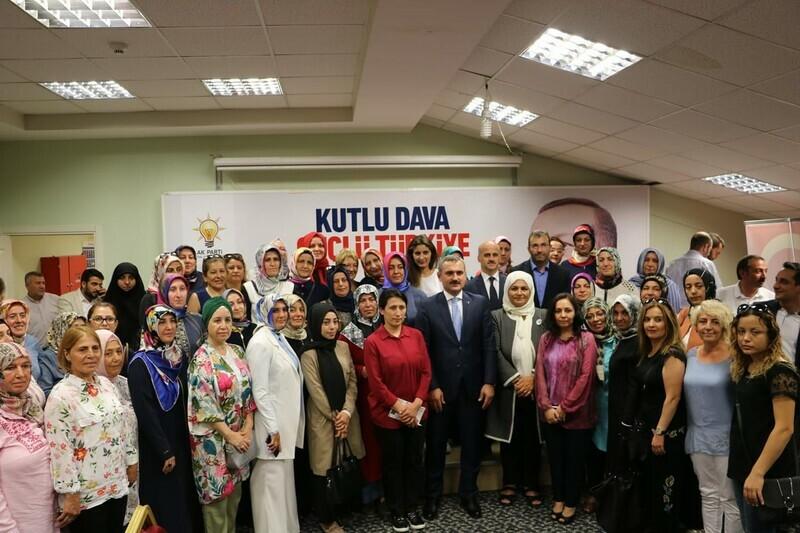 AK PARTİ İSTANBUL İL BAŞKAN'I ŞENOCAK KARTAL'DA