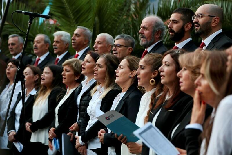 Cumhuriyet Korosu'ndan muhteşem konser
