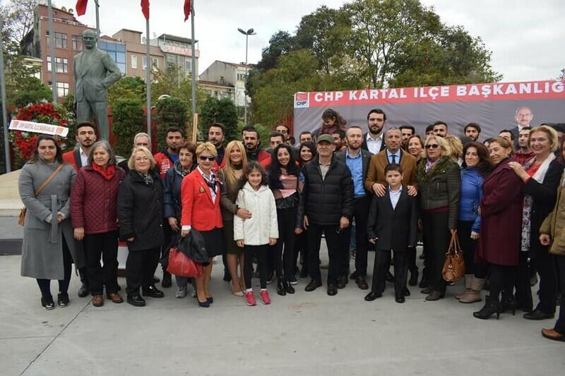 CHP KARTAL ÖĞRETMENLERİNİ UNUTMADI