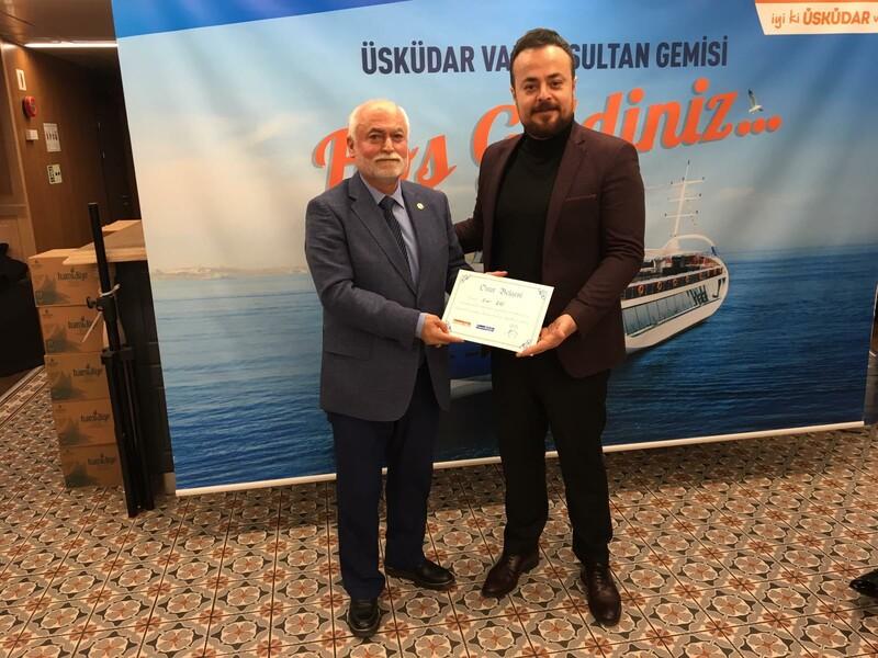 Başkan Hasan Can'a Belediyecilik Alanında Üstün Başarı Ödülü !