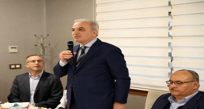AK Parti Ümraniye Belediye Başkan Adayı İsmet Yıldırım gazeteciler ile kahvaltıda buluştu