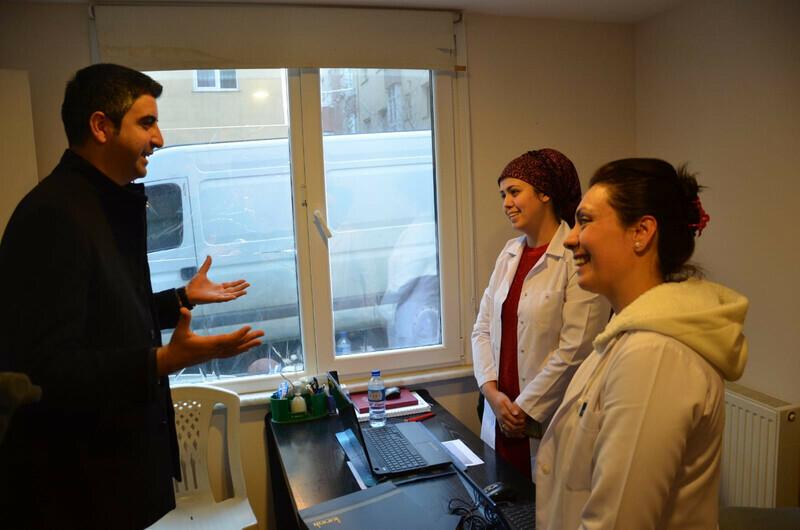 Gökhan Yüksel'den 14 Mart Tıp Bayramı'nda sağlık çalışanlarına anlamlı ziyaretler