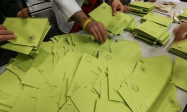 Maltepe'de oy sayımına 2 kurulla tekrar başlandı!