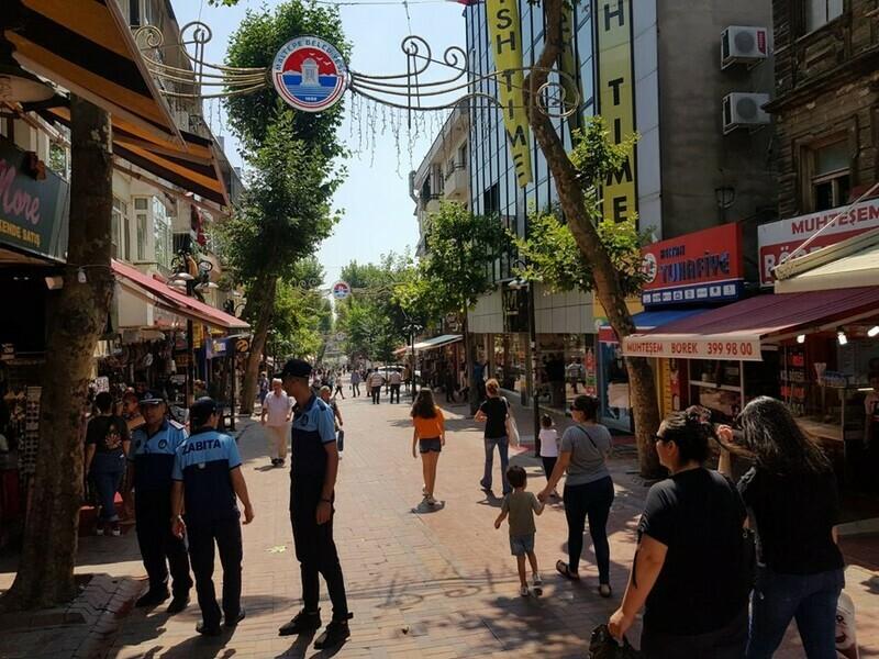 Maltepe'de sokak işgallerine geçit yok!